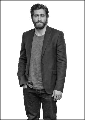 Gyllenhaal, Jake 091012 57 WEB