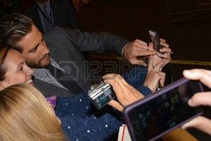 22264688-toronto--september-6-actor-jake-gyllenhaal-takes-a-selfie-with-fans-at-the-toronto-international-fil